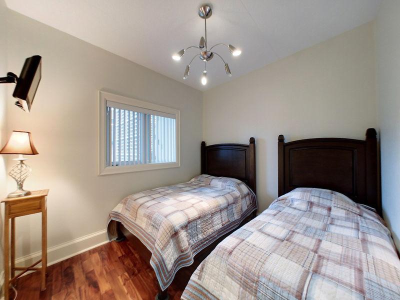 675 Johnston Park Avenue, Collingwood, Ontario  L9Y 5C7 - Photo 16 - RP9931785026
