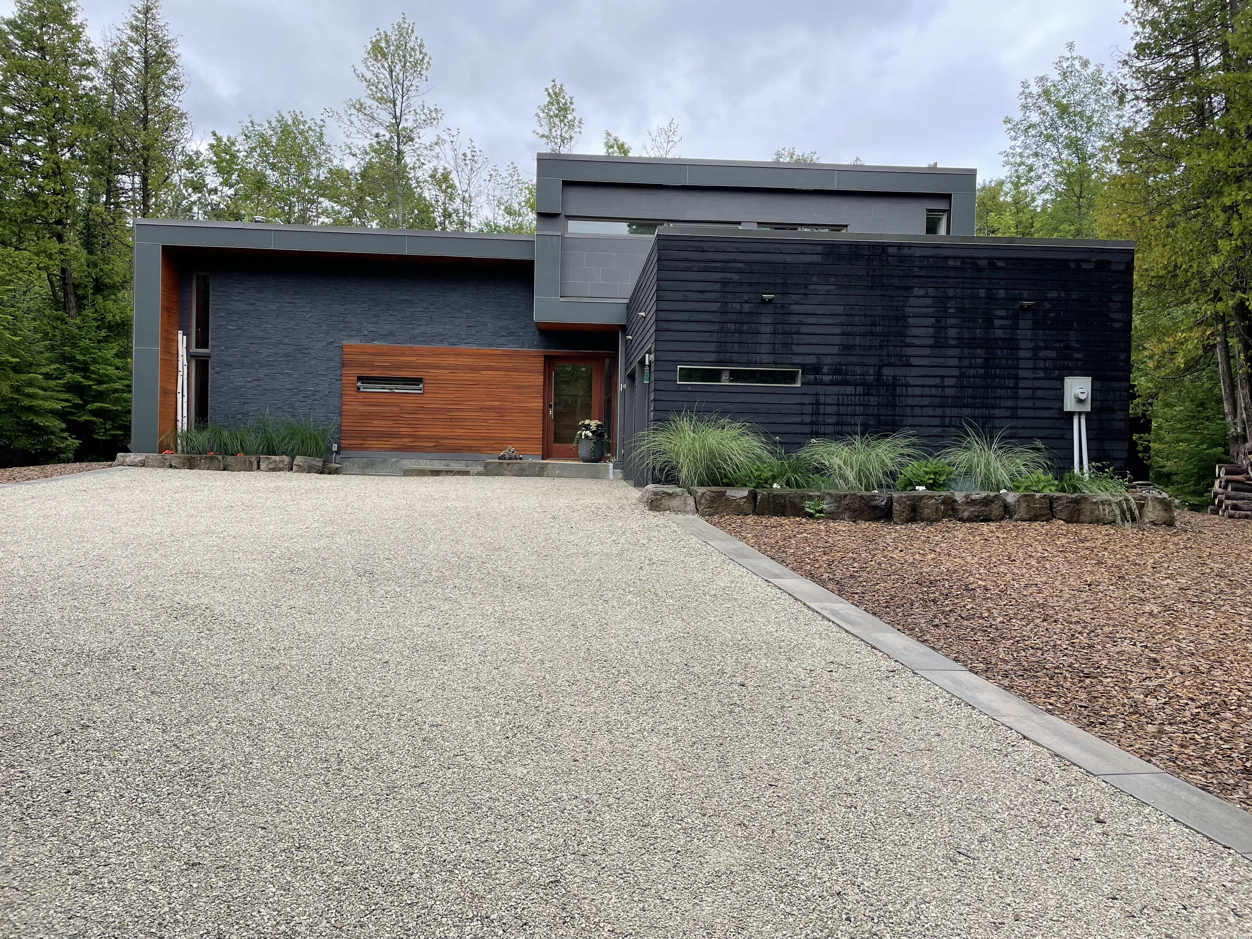 26 Highway West, The Blue Mountains, Ontario  N0H 1P0 - Photo 2 - RP8832890696