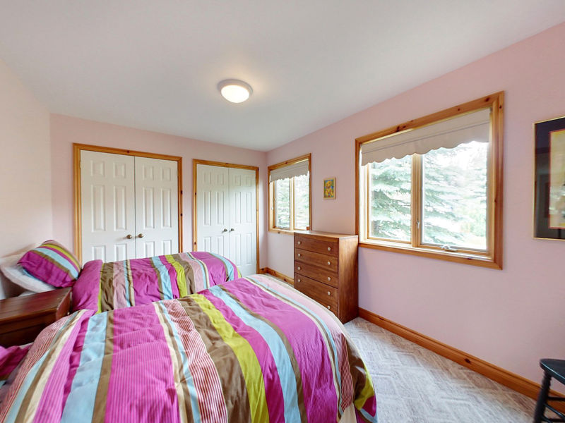 132 Brooker Blvd, Blue Mountains, Ontario  L9Y 0L4 - Photo 17 - RP9192110411
