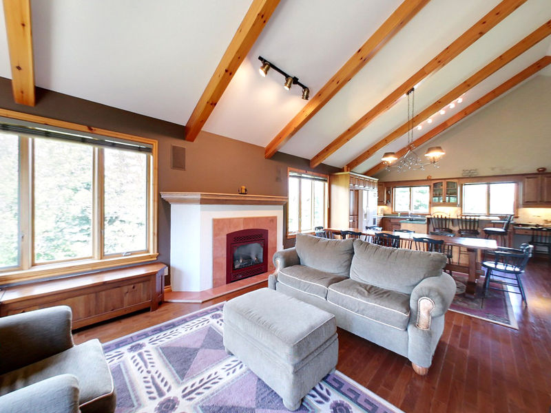 132 Brooker Blvd, Blue Mountains, Ontario  L9Y 0L4 - Photo 3 - RP9192110411