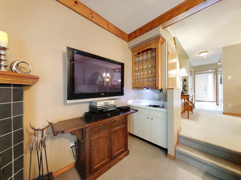 8-111 Brooker Blvd., Blue Mountains, Ontario  L9Y 0L3 - Photo 7 - RP7063810987