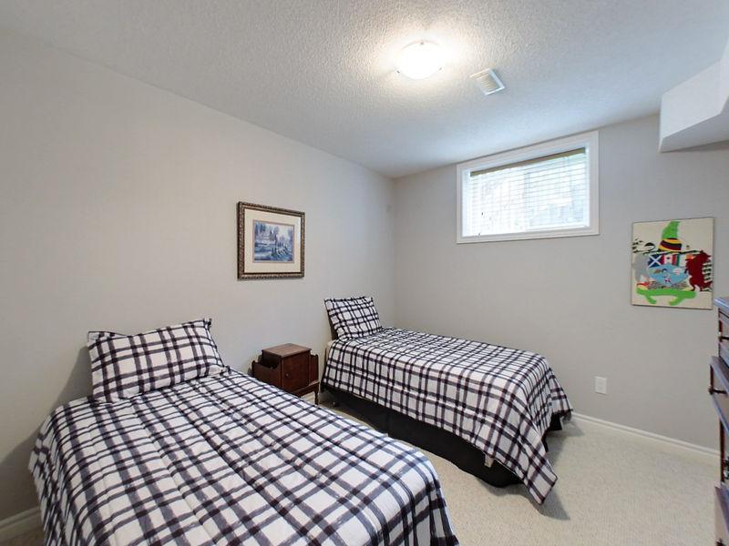 21 Green Briar, Collingwood, Ontario  L9Y 5H9 - Photo 22 - RP544107925